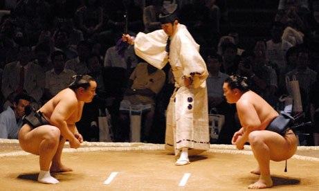 Sumo-wrestling-007